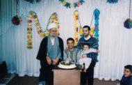 تصاویر حضرت استاد بِنیسی در بهمن 1382 در جشن تولّد فرزند و نوهشان